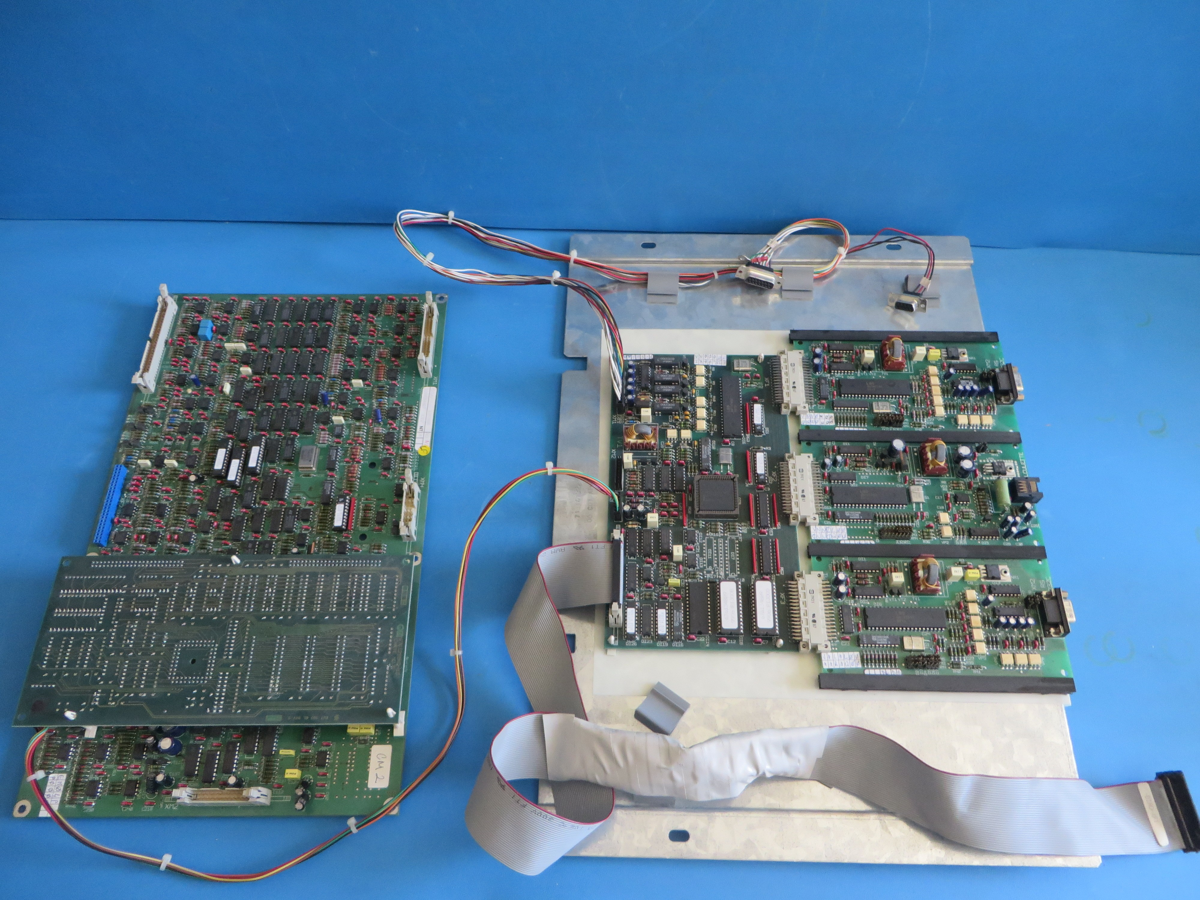 Merlin Gerin Mge Ups System Circuit Boards Coju Cm2 Calculette And Silicon Board Rs232
