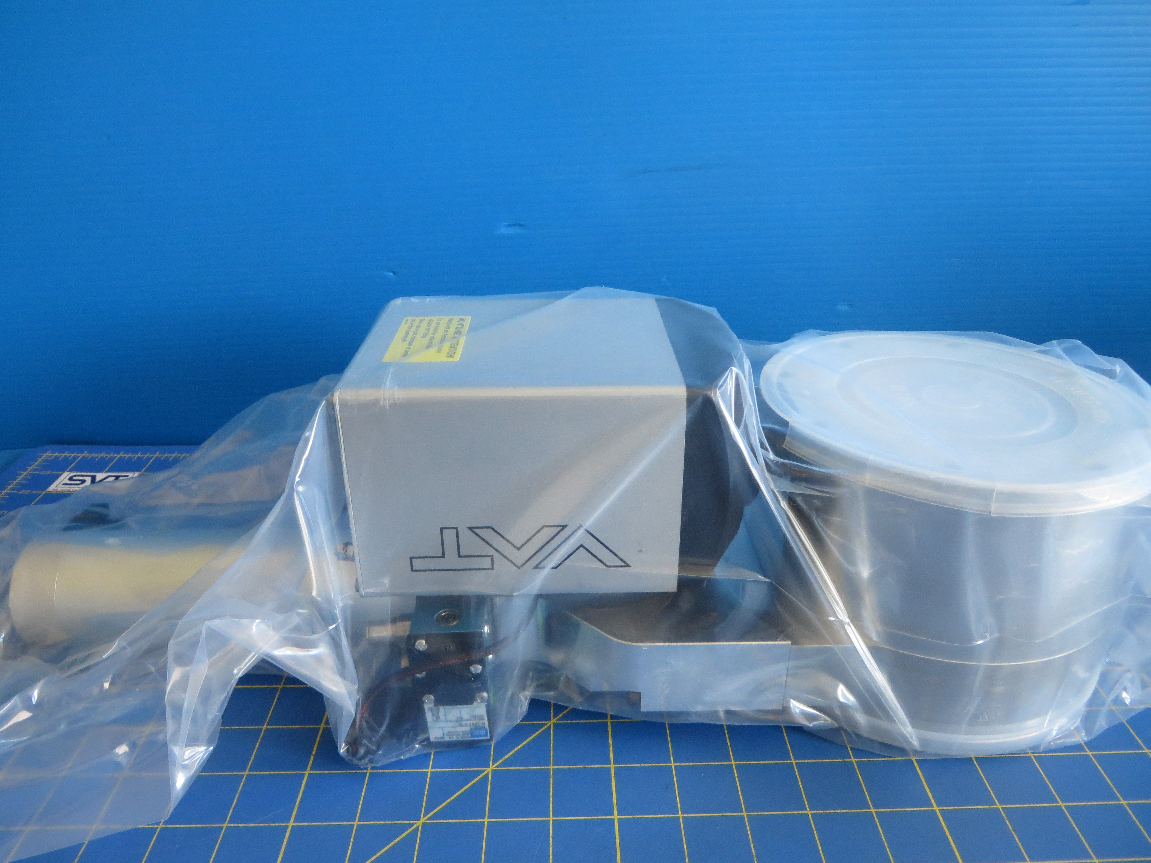 """VAT 95240-PACP Control Butterfly / Isolation System 4"""""""