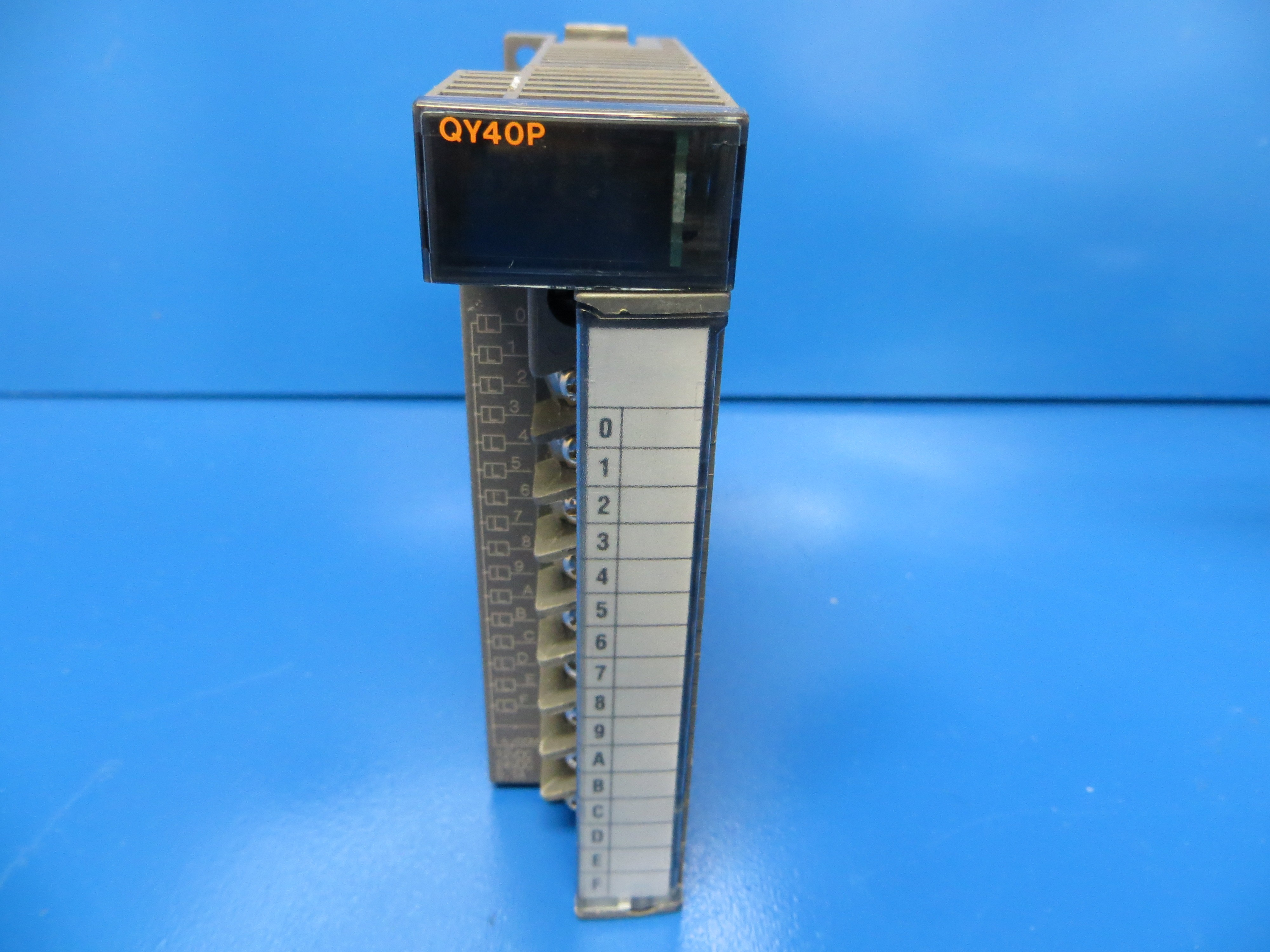 mitsubishi qy40p melsec q digital output module silicon valley